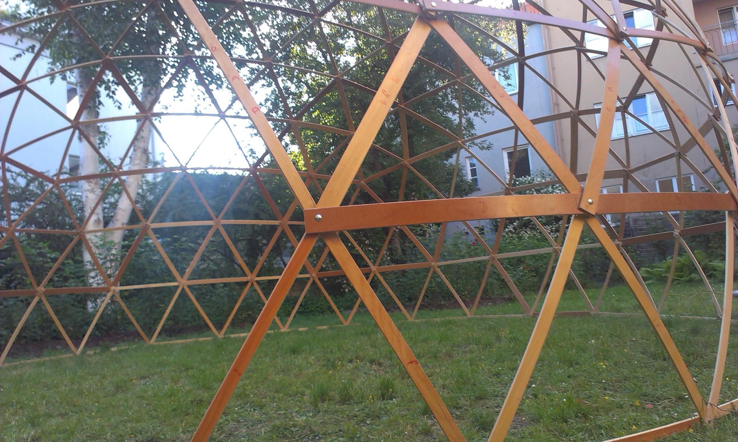 Geodätische Kuppel assembly bau einer geodätischen kuppel geodesic dome construction